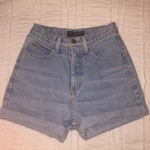 Vintage Guess mom jean shorts